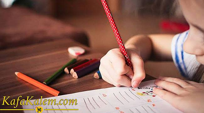 Ödevleri Yaparken Vizelere Finallere Hazırlanırken Ders Çalışmayı Eğlenceli Hale Getirmenin Yolları