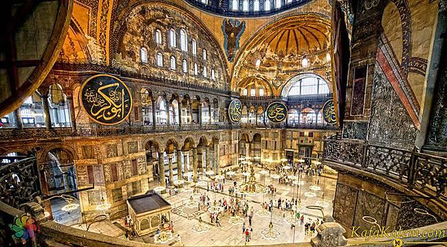 Ayasofya Camii'inde bulunan resim ve fresklere ne olacak? Turistlerin ziyareti ve namaz kılma