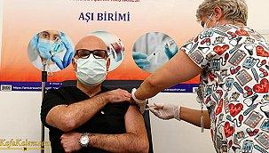 Koronavirüs aşısı yaptıran Bilim Kurulu üyelerinden kritik açıklamalar