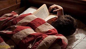 Kitap okurken neden uykumuz gelir? Okuma yaparken uyku sorunu yaşamamak için neler yapabiliriz?